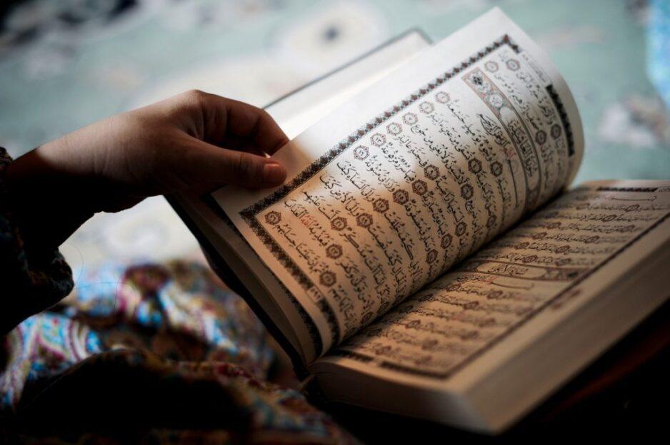 Tips Mudah Untuk Istiqamah Baca Al-Quran Setiap Hari!